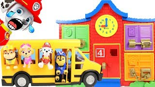Paw Patrol Chase Drives the School Bus Playset to Learn Colors and ABCs
