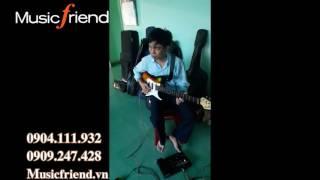 Guitar cổ - Boss ME 25 với nghệ sĩ Hữu Hòa