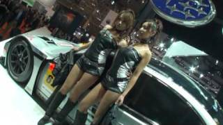 東京モーターショー2009 スバル少しドキドキする美人コンパニオン! thumbnail