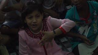 L'usine à rêves de Bollywood dans les bidonvilles de Bombay | AFP News