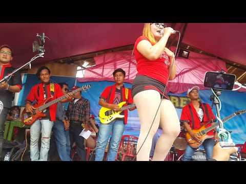 Novi Ananda Goyang Kluget-kluget, Ditinggal Rabi OM Audrey live in Jonambang Baturetno
