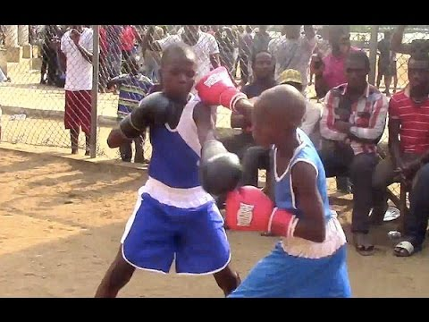 Nigerian Children learn to grow up FIGHTING!