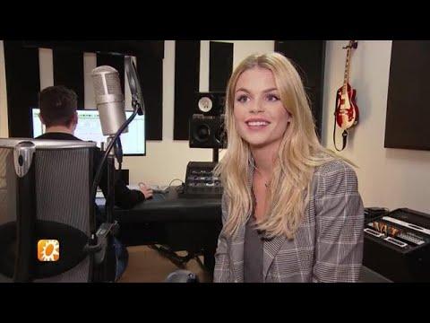 Moeten we Davina Michelle naar het songfestival st - RTL BOULEVARD