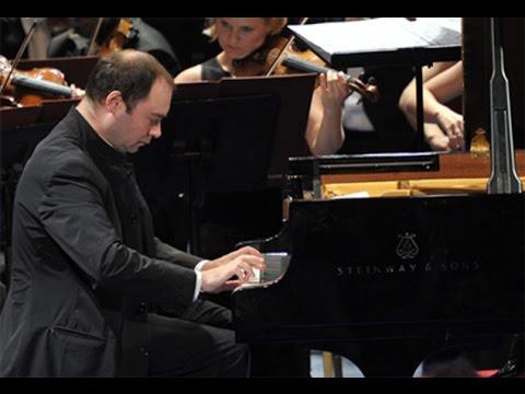 Alexander Melnikov - Mozart Piano Concerto no. 20, K. 466 - live 2005