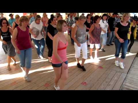 Is It Friday Yet?  -  Line Dance