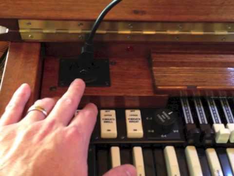 portable hammond organ chop youtube. Black Bedroom Furniture Sets. Home Design Ideas