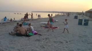Отдых в Коблево. Пляж июль 2016 вечер. Часть 2(, 2016-07-31T19:17:09.000Z)