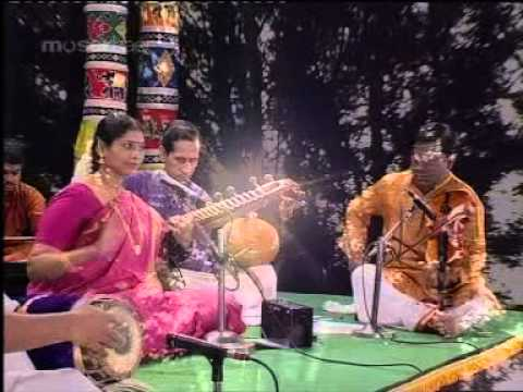 Chinnanchiru Kiliye - Tamil Classical Songs -  Bharatha Samudayam