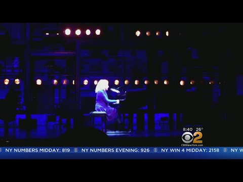 Carole King Surprises Audience At Her Broadway Show