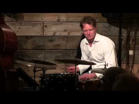 Janus Templeton trio live