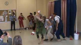 Peter Pandemonium - Juggling Show May 2013