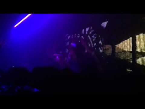 Kaskade - Only You @ Ministry of Sound 7 May 2011 [pt. 1]