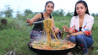 Amazing cooking and eating noodle with beef recipe