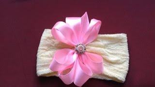 Passo a Passo – Faixa de meia de seda com flor de fita de cetim