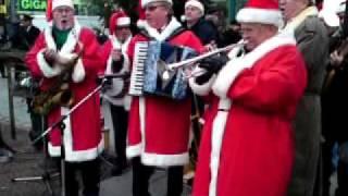 Tomteorkestern vid julgrytan i Brunnsparken 2009