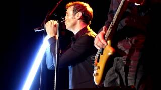 Wet Wet Wet - Sweet Surrender (Live - Phones 4u Arena, Manchester, UK, Dec 2013)
