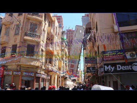 EGYPT || Alexandria residential building leans causing panic among public