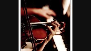 Play Homenaje A Rossini, For Violin & Piano (Gran Duo De Concierto), Op. 2