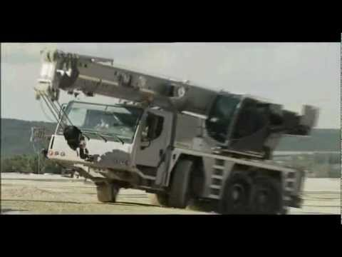 Mobile Crane Choreography with a Telecrawler Finale - by Liebherr