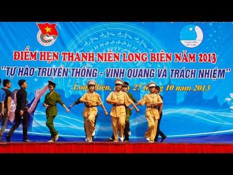 Phần thi chào hỏi ATGT  - Đoàn phường Ngọc Thụy
