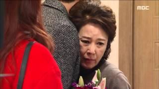 Gambar cover [Mom] 엄마 36회 - Suk-hoon, present bouquet for Hwa Yeon! 20160103