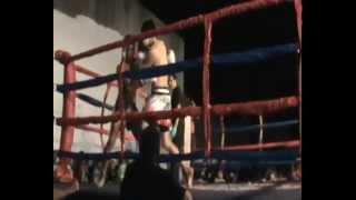 Sanchez Nicolás, Muay Thai Profesional 1