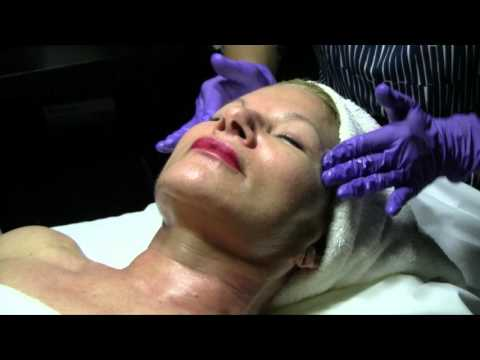 InjectStem Facial Exfoliation and Skin Care | Moradi MD