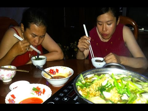 Yummy Vegetarian Soup - Awesome Family Meal In My Village - Cambodian Food