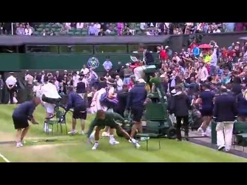Rain v Centre Court - Wimbledon 2014