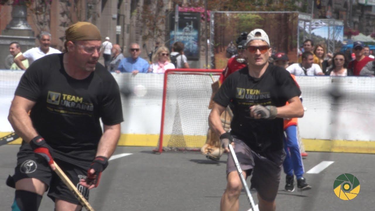 Хокей на Хрещатику до Дня незалежності Канади