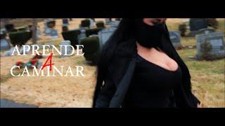 Смотреть клип Tori Nash Ft. Fuego - Aprende A Caminar