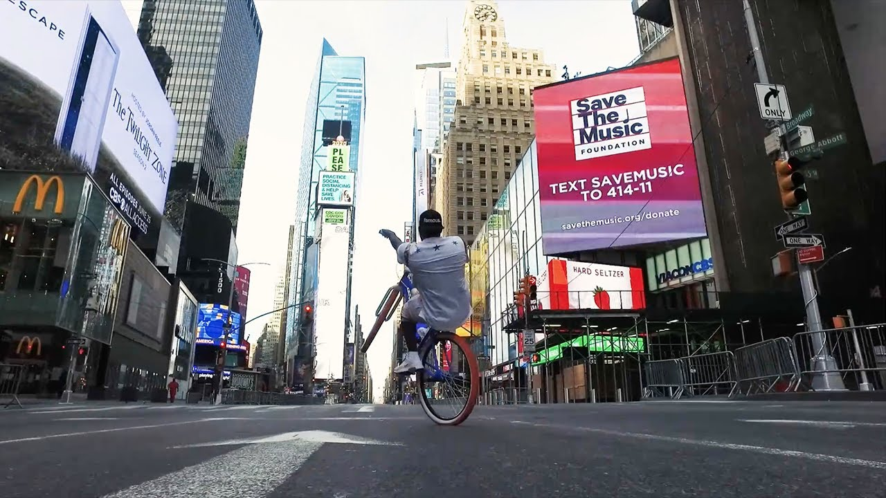 NYC Big Ripper with Dblocks in Times Square