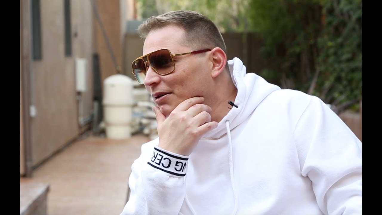 Scott Storch Plays His Own Dr  Dre, Eve, Snoop Dogg Classics