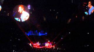 Coldplay - Up In Flames (live @ O2 World, Berlin)