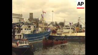 IRELAND: IRISH NAVY DETAIN ANOTHER SPANISH FISHING VESSEL