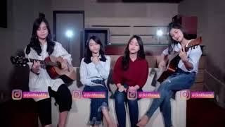 JKT48 acoustic Fatin - Jingga acoustic cover (@DuniaManji)