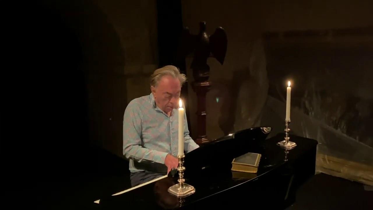 Download Phantom Medley    Andrew Lloyd Webber
