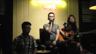 Lemon Tree - Minh Hiếu, guitar Nhật Linh - Bella Vita Bar & Cafe