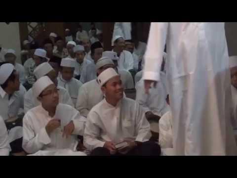 al-muqtashidah-(siroj-feat-ujang)---habibi-ya-muhammad-(haul-kh.-abdulloh-faqih-langitan-ke-4-2016)