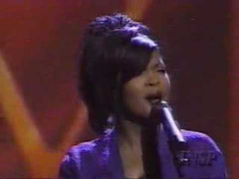 Cece Winans Live Dove Awrad´s 1997 His Strenght is Perfect