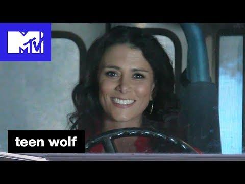 Melissa Ponzio 'The Roscoe Confessionals'  Teen Wolf Season 6B  MTV