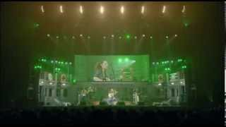 Yui - Laugh Away Live 5th Tour 2011-2012