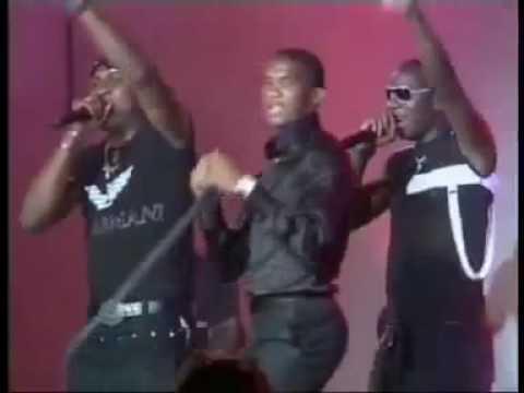 Samuel Eto'o - Live Show Dance 2009 (MboaTube - Show).flv