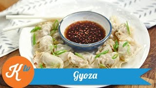 Resep Gyoza Ayam (Chicken Gyoza Recipe) | MOMMY WONG
