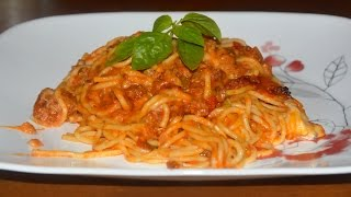 How To Recipe for a Simple Baked Spaghetti Using One Ingredient From Tricia Yearwoods Recipe