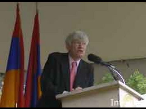 International Judge Geoffrey Robertson explain Turkish Crime Against Humanity Armenian Genocide
