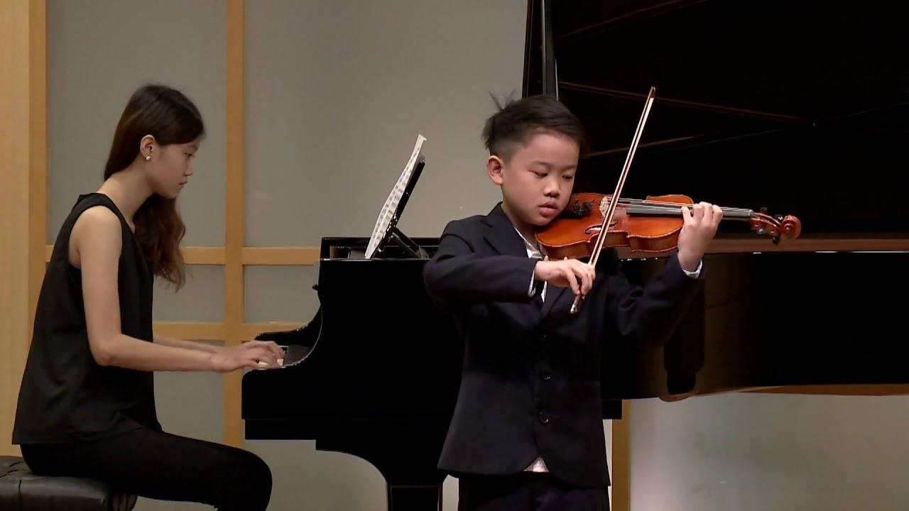 陳堂輔演奏「韋瓦第:a小調小提琴協奏曲」巴赫聽學生實習演奏會/兒童小提琴教學 - YouTube