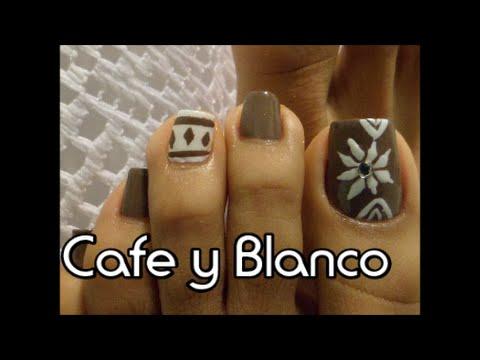 Cafe y Blanco Decoración Invierno para uñas de los pies ...