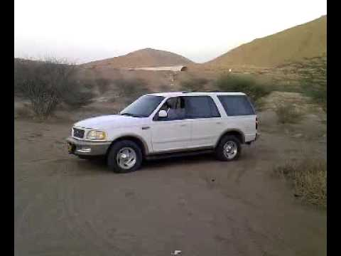Ford Expedition Off Road Oman Sands