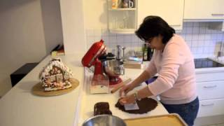 Baking And Building A German Lebkuchen Hexenhaus In English